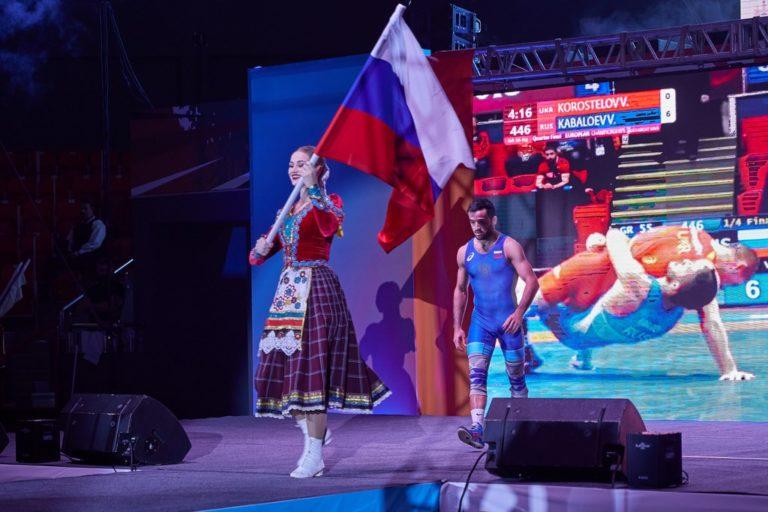 В Краснодаре прошла встреча сборных России и мира по греко-римской борьбе
